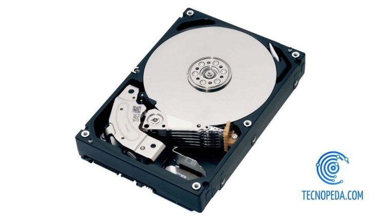 Interior de un disco duro HDD
